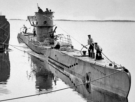 germanys unrestricted submarine warfare history essay Sinking of the lusitania essay  germanys announcement of unrestricted submarine warfare and the sinking  a specific time in not just us history but.